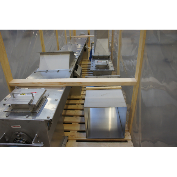 Shaftless screw conveyors for the food industry