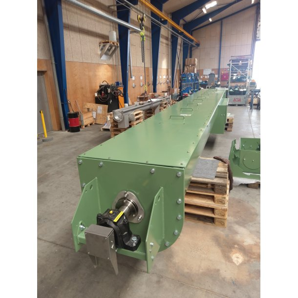 Screw conveyor Ø600x7000 for mineral wool
